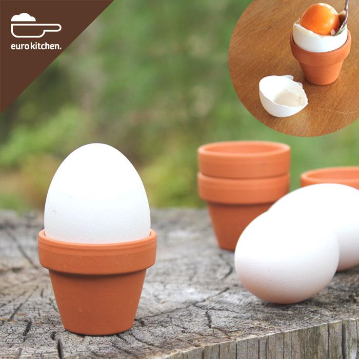 素焼き鉢のエッグスタンド